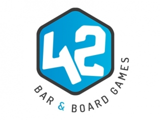42 Bar e Board Games